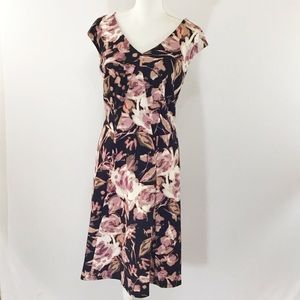 LONDON TIMES WOMAN SLEEVELESS FLORAL DRESS NWOT